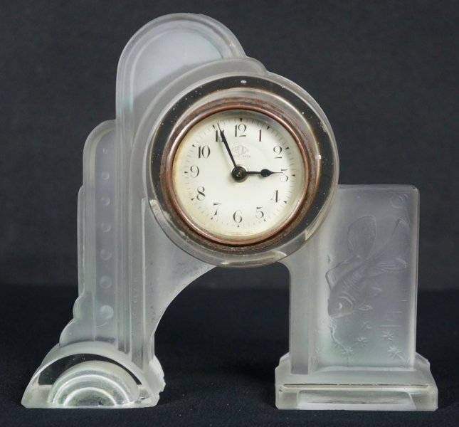 Glass clock 1930