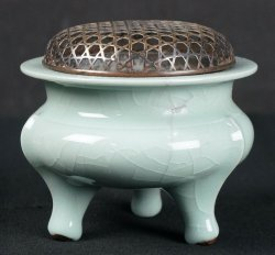 Koro censer art 1900