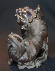 Shishi lion carving 1890s